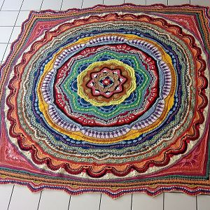Mandala Madness von Crystals and