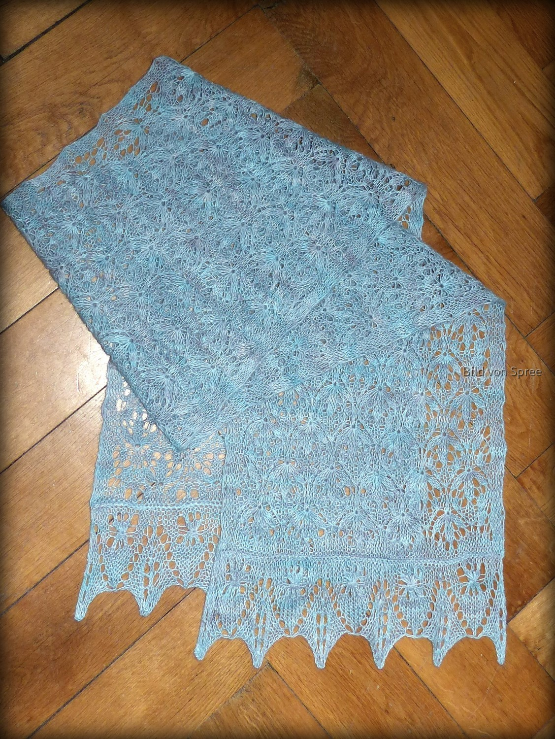 Estonian Starflower Lace Stole - Manos del Uruguay Fino - Watered Silk 404